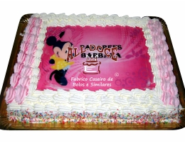Bolo Aniversario Minnie Chantilly1