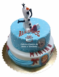 Bolo Aniversario Olaf1