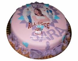 Bolo Aniversario Violetta1