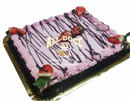 Bolo de Chocolate c Morangos1